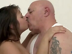 Chubby Dad. - VIP Service