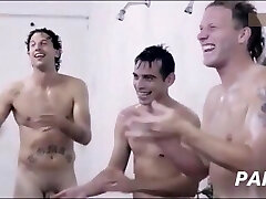 Ambiance in men's shower room (part2): hilarious compil from mainstream movies