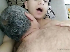 Crispy Boy in a Very Hot Sex Flash With Old Man