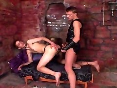 Twinks try out S&M games in leather