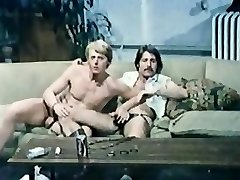 Wade Nichols (Edge of Night soap star) and Jamie Gillis gay romp orgy