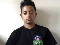 Indian light dark boy very big cock big smooth rump on webcam