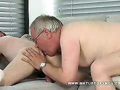 Plump Daddy Gets His Ass Humped By Skinny Lover