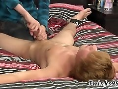 Men tugging free vid A Ball Aching Hand Job!