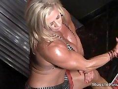 Wanda Moore 07 - Ženski Bodybuilder