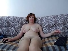 sur le canapé