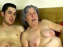 OmaPass Young boy fuck very older granny with her girlfriend