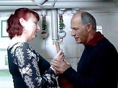 Nemecký zrelé ryšavka gazdinka a inštalatér - Amanda