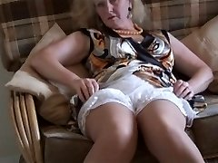 Grannie upskirt & stockings