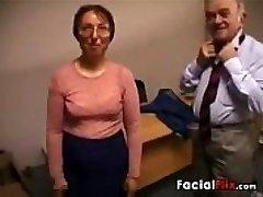 מכוער אישה בוגרת מקבל זיין על ידי זקן