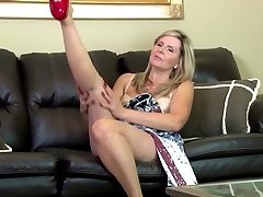 Incredible first-timer mature mother on leather couch
