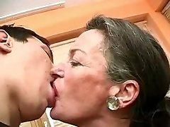 Kyss Meg Bestemor