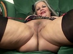 More Mature Slut April boinking pussy