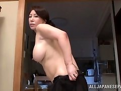 Wako Anto super-steamy mature Asian honey in position 69