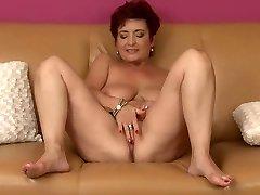 Džesika's tauku cameltoe