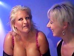 Robyn-Huge-boobed Mass Ejaculation Mama