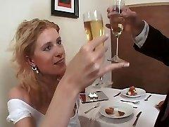 Izvirtušais līgava