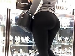 MOM TELL ME TO FOLLOW MYDREAMS!Latina Tight Booty In ebony spandex