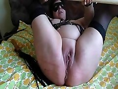Freaks of Nature 100 Twat Whipping Handballing Squirt