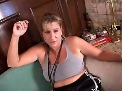 Mature platinum-blonde gets fitness and fuck