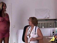 Frau Daktaras meine Moese beist!