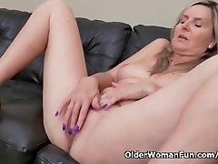Blonde milf Velvet Skye drips her beaver juice on the couch