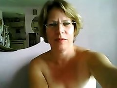 Very First time mature tits and butt on webcam