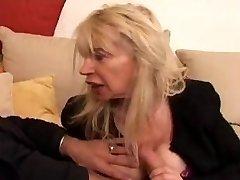 Francuski zrela plavuša s n40 ružno majka вьей шальопы