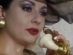 جيسيكا ريزو - كارني نره في La السنيورة ريزو