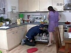 Nasty housewife seduces craftsman