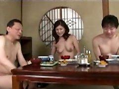 जापानी परिपक्व माँ और कदम बेटे