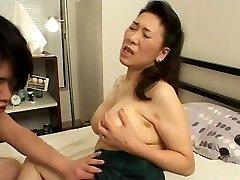 Jaunas Berniukas Fucks Japonijos Brandi Mama