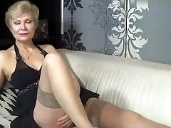 kinky_momy dilettante record 07/06/15 on 09:00 from MyFreecams