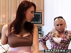 Brazzers - Mommy Got Milk Cans - Nicki Hunter Eri