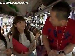 hullu japanilainen huora momoka nishina, hitomi kitagawa, tsubomi kuumin suihinotto, julkinen jav kohtaus