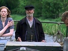युवा एडम (2003) - व्यभिचारी पति दृश्य