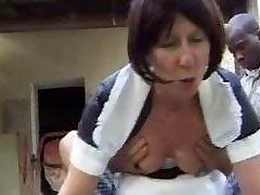 prantsuse vanaema neiu anaalselt perses väljas