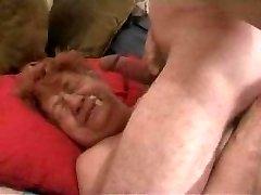 Babička Tváre