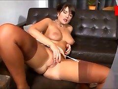 Nobriedis erotiska sieviete