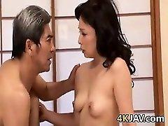 गंदे जापानी माँ