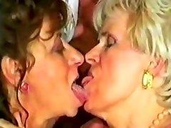 ÄÄRMISELT VÄÄRASTUNUD Vanaema CUMSWAP poolt satyriasiss