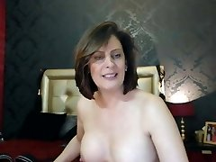 Hot mom at web demonstrate 10