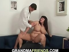 Chubby huge boobs mommy threesome orgy