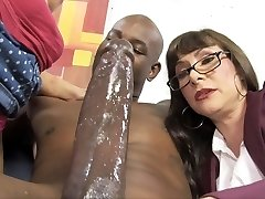Casey Cumz Watches Her Mother Gets Creampied By A BBC