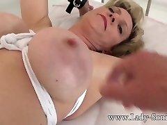 britų brandus ponia sonia gagged ir pririštas prie lovos
