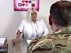 agedlove לייסי סטאר מזוין קשה עם חייל