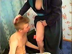 krievijas mamma un puika