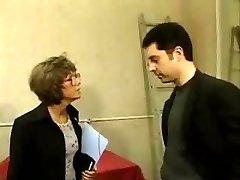 Francés madura con gafas