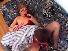 Močiutė Akinių ir Kojinės Myli Fuck
