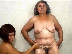 OMAPASS brandus ir močiutė lesbietės